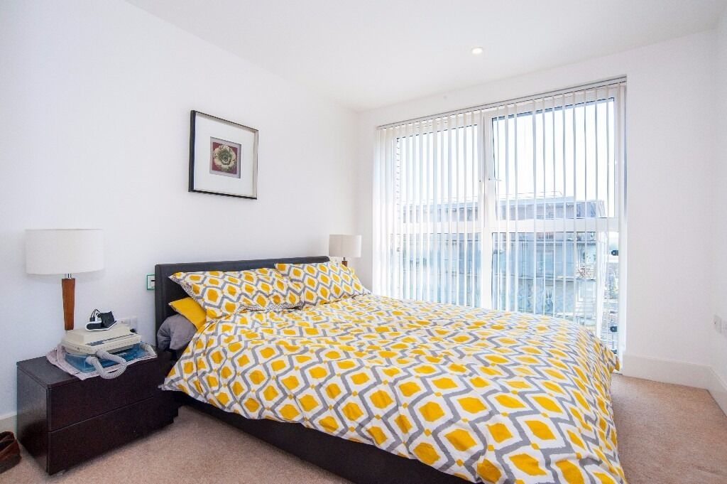 @ Warehouse Court - Stunning two bed two bath apartment - Royal Arsenal/Woolwich - Gym & Concierge!