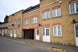 Spacious 2 Bed Flat in Blackheath Conservation Area
