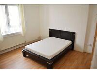 ALL BILLS INCLUSIVE - THREE DOUBLE BEDROOM FLAT FOR RENT IN WHITECHAPEL E1