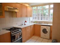 HOUSE NEAR BRICK LANE - FOUR BEDROOM WITH A LOUNGE IN E1 SPRING WALK