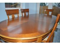 Quality extendable dining table and 6 chairs