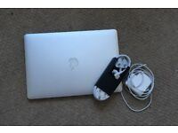 Apple MacBook Pro RETINA 15 inch, i7 2.4 - 3.4 GHZ, 16GB RAM, 251GB SSD