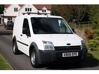 FORD TRANSIT CONNECT 1.8, GREAT CONDITION & DRIVE, RETAIL £2595, LOW PRICE AT £2000 FOR QUICK SALE