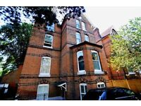 LOVELY 1 DOUBLE BEDROOM FLAT ! IN THE BEAUTIFUL CRYSTAL PALACE! AVAILIABLE NOW !!!! VIEW TODAY!!!!!!