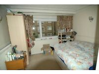 GREAT VALUE 4 / 5 BEDROOM APARTMENT IN BOW BROMLEY BY BOW MILE END CONVERTIBLE LOUNGE