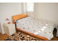 LARGE THREE BED FLAT TO RENT IN STEPNEY E1 - £1,755.00 PCM - MOVE IN ASAP!!!