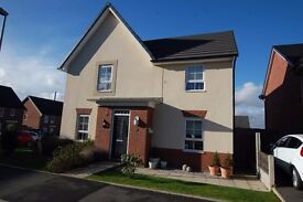 Room to Share in 4 bed detached house Radcliffe New Estate close to Metrolink and Motorways