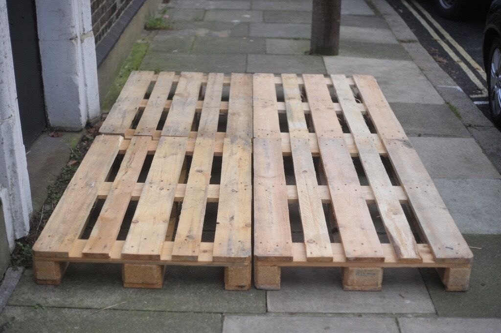 Pallets Indoor Arts Usein Battersea, LondonGumtree - Pallets for Sale Euro 1000x800 Standard 1200x1000 Heat Treated Pallets for Indoor Use Arts and Craft. Cut to measure, sanded or painted if so required. Additional Cost Delivery between £15 20 Can deliver at your own convenience Call 07598698526 or