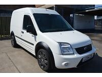 Ford TRANSIT CONNECT 2004 In excellent condition MOT Until August 2017 £1795