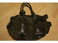 Womens Leather bag to sale at very cheap price. 80% discount