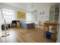 SPACIOUS 3 DOUBLE Bedroom perfect for STUDENTS and seconds from St Pancrass and Euston Stations