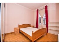 Lovely 2 Bedroom Flat W/ Private Terrace - £2000PCM - Highbury & Islington - Available 15th Sept!