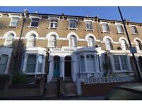 ECONOMICAL THREE BEDROOM FIRST FLOOR FLAT IN DIGBY CRESCENT FINSBURY PARK N4