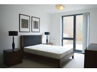 STUNNING LARGE HIGH SPEC 1 BED IN SW8 AVB MID JUNE £370PW