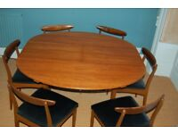 Beautiful retro / vintage / mid century teak dining table + six chairs