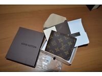 LOUIS VUITTON mens leather wallet-in box..new