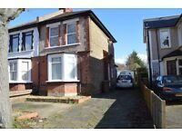 One Bedroom ground floor flat to rent in Sutton
