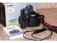 Canon EOS 5D Mark III 22.3MP Digital SLR Camera Excellent condition