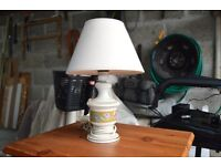 decrative table lamp