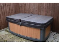 6 rota Spa Duo hot tubs and 1x5 seater for sale