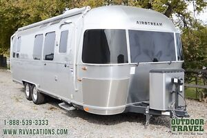 2015 Airstream Serenity 28 Travel Trailer