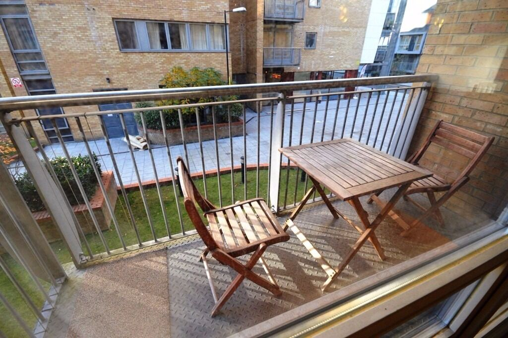 Canary Central 2 Bedroom Flat With Gym E14