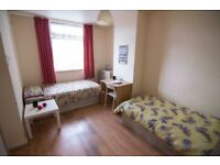Nice room to share with a WOMAN to rent in Devons road, all bills included, free wifi, ID: 539
