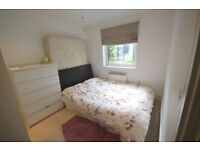 Stunning 1 bed flat moments from the Station