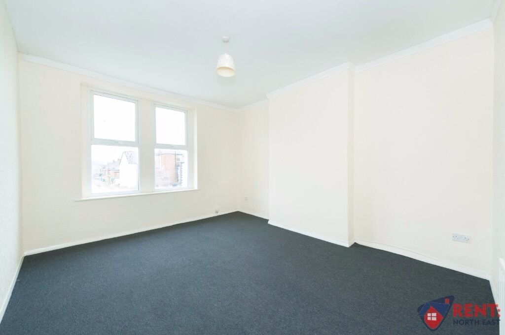 3 BEDROOM FLAT ON WESTMINSTER STREET, DSS WELCOME | NEWLY PAINTED, NEW FLOORING | Reference:RNE01131