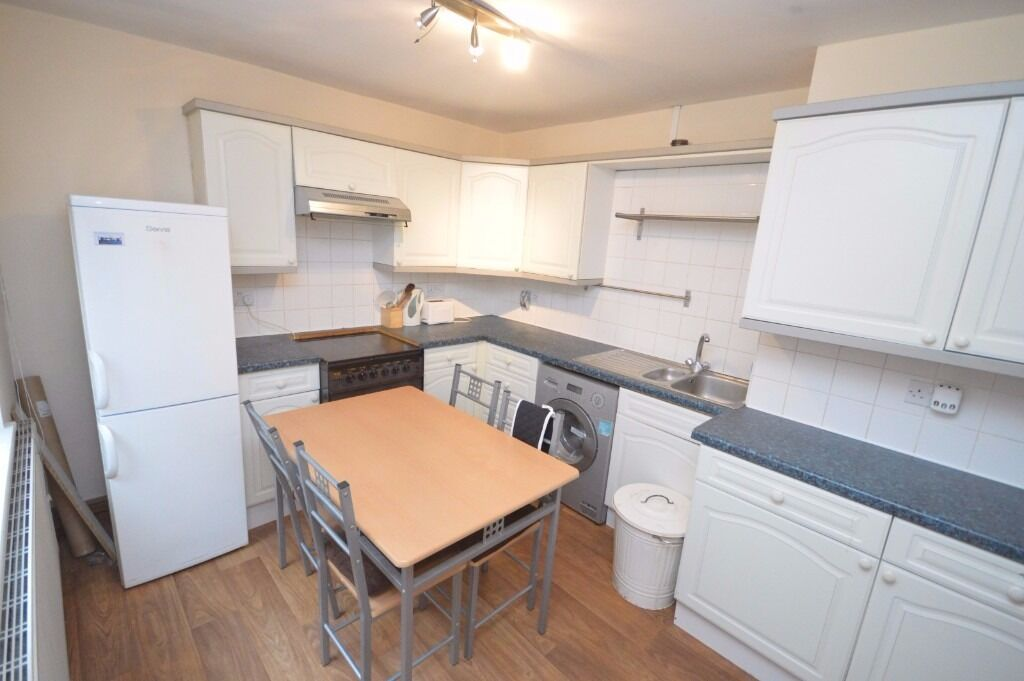 Amazing Studio flat to rent on Chigwell Road in South Woodford