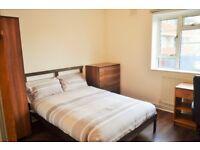 DOUBLE ROOM TO RENT IN WHITECHAPEL E1 / £650.00 PCM / SHORT TERM LET AVAILABLE - MINIMUM 3 MONTHS