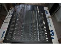 Mackie 24:8 Mixing Desk