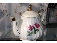 Attractive Tea pot