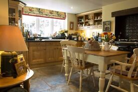 3 bed cottage to let, Wedmore centre, off road parking