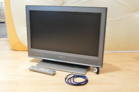 """Sony TV 26"""" Working + Gold T.V aerial cable"""