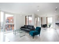 2 bedroom flat in Oslo Tower, Greenland Place, Surrey Quays SE8