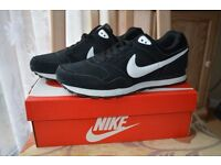 Nike MD Runner Suede Mens Trainers Size 8