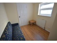 ***QUIET RESIDENTIAL TURNING OF FOREST GATE IS THIS COMPACT TWO BEDROOM FLAT***