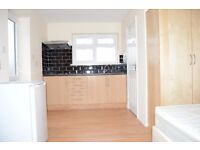 Newly Refurbished Self-contained Studio Flat, In Colindale/KIngsbury NW9, ALL BILLS & WIFI INCLUDED