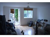 2 DOUBLE BEDROOM WITH PRIVATE GARDEN APARTMENT GROUND FLOOR ON SEVEN SISTERS ROAD