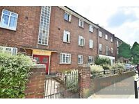 SPACIOUS 2 DOUBLE BEDROOM APARTMENT TO RENT IN CAMBERWELL SE5 - SHORT WALK TO OVAL TUBE STATION