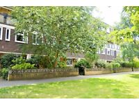 AVAILABLE NOW AMAZING THREE DOUBLE BEDROOM PROPERTY WITH NO LOUNGE IN EAST LONDON NEXT TO QUEEN MARY