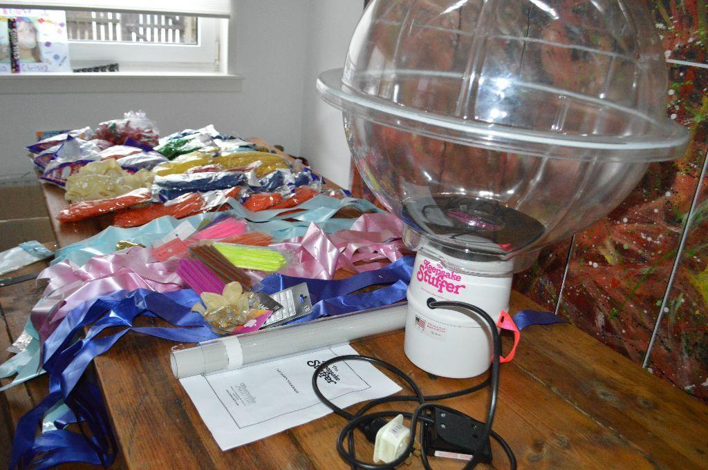 keepsake stuffer balloon machine