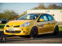 REDUCED - Renaultsport Clio 197 F1 R27 No.414/500