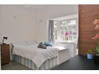 Ensuites available in a new house, 5 rooms - 8 bathrooms, East Acton
