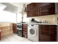 AVAILABLE NOW - THREE DOUBLE BEDROOM PROPERTY AVAILABLE OFF CABLE STREET E1. PART DSS WELCOME