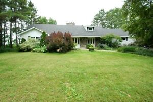 RURAL MANOTICK – 5 Bedroom Home Available Immediately