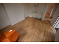 Spacious 1 bed flat city centre move in total costs £630.76 separate lounge bedroom kitchen