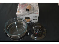 New Halogen Oven / Grill and crockery set and electric knife.