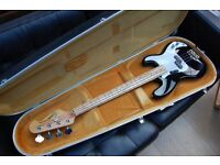 Encore Coaster bass guitar and hard case